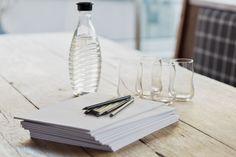 Die passende Location für kleine Meetings und Seminare Location, Glass Vase, Decor, Chalets, Luxury, Decoration, Decorating, Deco