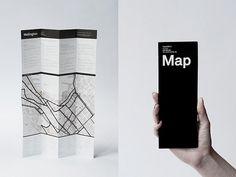 Ein sehr interessantes Format! Mir gefällt die minimalistische Gestlatung - die in meinem Set enthaltenen Stadtpläne sollen eine Übersicht über die einzelnen Viertel einer Stadt bieten und jedes Viertel einzeln charakterisieren.