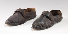 Shoes - 1790-1825 - British - leather MMA Accession Number: 2009.300.3420a, b