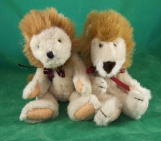 Old and new faced Leopold lions