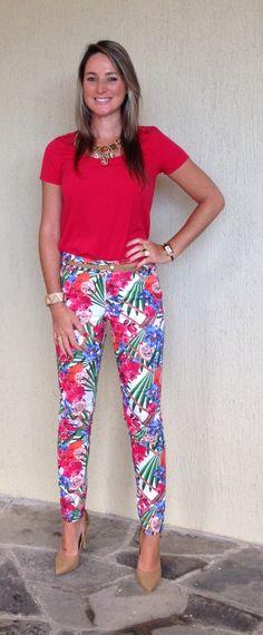 Look de trabalho - calça estampada - calça florida - look floral - flowers