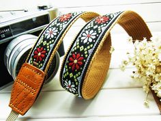 black pure daisy camera strap