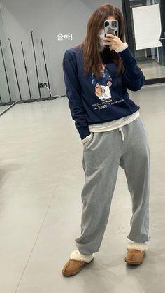 Cop Outfit, Selfies, Seulgi Instagram, Korean Couple Photoshoot, Red Valvet, Kang Seulgi, Red Velvet Seulgi, Thing 1, Ulzzang Girl