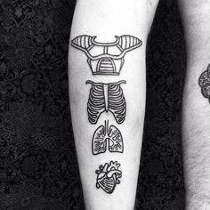 Born Free – Les jolis tatouages de Eterno, artiste nomade du tatouage