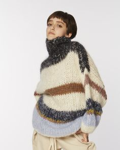 Maiami Mohair Mammoth Sweater on Garmentory Chunky Knitwear, Knitting Designs, Pullover, Autumn Winter Fashion, Knit Crochet, Crotchet, Hand Knitting, Jumpers, Origami