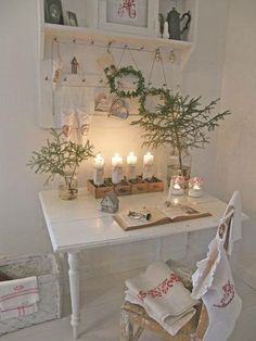 Gorgeous feminine desk space.