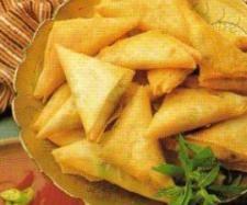 """Rezept Samosas - gefüllte Teigtaschen (indisch) """"TM auf Reisen"""" von Spargel - Rezept der Kategorie Vorspeisen/Salate"""