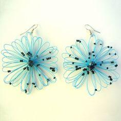 Orecchini bigiotteria fiore turchese Lavorati a mano by mariceltibijoux.com Turquoise earrings Handmade by mariceltibijoux.com
