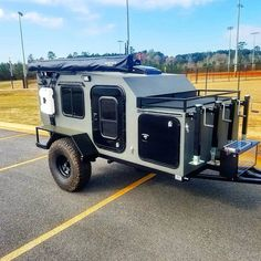 Heavy duty off road camper. The Drifter Trailer is perfect for camping and exploring vacation rentals available off road teardrop trailer Camping Trailer Diy, Off Road Camper Trailer, Trailer Build, Trailer Tent, Off Road Teardrop Trailer, Teardrop Camper Trailer, Teardrop Camping, Expedition Trailer, Overland Trailer
