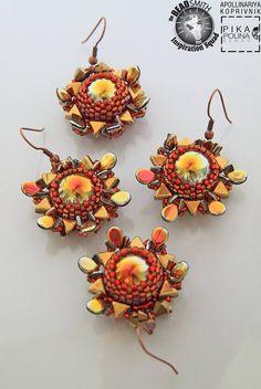 Apollinariya Koprivnik- (Slovenia) Kheops Par Puca Beads, Pip Beads