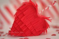 www.benbino.com/blog  Valentinstag | Herz-Pinata | DIY | Anleitung | Mini-Pinata | freebie | Tutorial | be my valetine