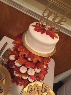 Bride to be falling in love fall leaves cake and cupcakes bridal shower cake Picnic Bridal Showers, Bridal Luncheon, Bridal Shower Cakes, Bridal Shower Decorations, Fall In Love Bridal Shower, Fall Picnic, Baby Shower Activities, Shower Games, Wedding Cake Rustic