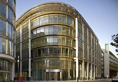 20 Gresham Street in London, UK by Kohn Pedersen Fox Associates