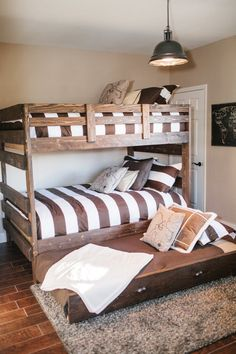 Our Vacation Home in Flagstaff :: Bunk Room