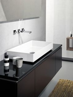 ME countertop basin white easy to clean Master Bathroom Tub, Bathroom Sink Units, Upstairs Bathrooms, Bathroom Basin, Dream Bathrooms, Bathroom Renos, Bathroom Fixtures, Bathroom Furniture, Modern Villa Design