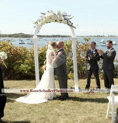 Lindsay and Noel's Block island wedding at the Sullivan House www.roseschallerphoto.com