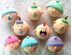 Fondant Covered Cupcakes | Fondant covered baby cupcakes