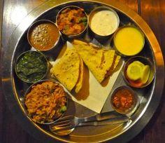 INDE - Jaipur Peackok restaurant www.weare2passengers.com