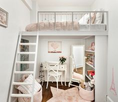 Stylish Bedroom Ideas For Small Rooms Some fantastic tips for making the most of a small bedroom! A good mix of both stylish and practical… and I really want the rose gold trunks shown. Small Apartment Bedrooms, Apartment Bedroom Decor, Small Room Bedroom, Bedroom Loft, Rustic Apartment, Loft Room, Loft Bed Room Ideas, Loft Ideas, Very Small Bedroom