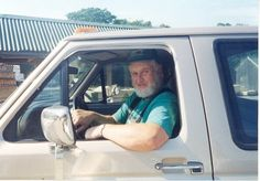 Leading up to the funeral for Roger Knight, the well-known Westbrook resident and lifelong farmer who died Sunday, the community has taken to social media to share condolences.