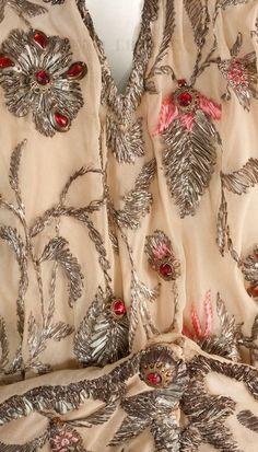 Madeleine Vionnet, fabric detail.