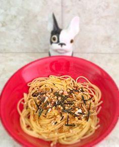pâtes au furikake #japon #cuisine? #cuisinejaponaise Spaghetti, Ethnic Recipes, Food, Japanese Kitchen, Tomatoes, Essen, Meals, Yemek, Noodle