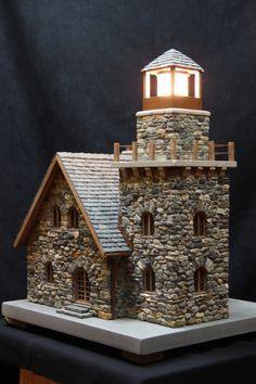 https://flic.kr/p/f2S6C7 | miniature stone lighthouses