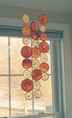 Make Your Own Anthropologie Inspired Fruit Garland Natural Christmas, Noel Christmas, White Christmas, Handmade Christmas, Fruit Decorations, Christmas Decorations, Deco Fruit, Holiday Crafts, Holiday Decor