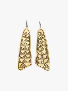 boucles d'oreilles malika agnès b. et Ombre Claire   agnès b. Itu, Accessories, Ears, Boucle D'oreille, Locs, Ornament