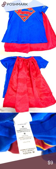 Supergirl Shirt with Cape from CBS in Girls' Sz M This Supergirl Shirt with Cape came directly from CBS Studios in New York. It is a Girls' Size Medium.  Great for Costume or Play.  There are some pulls in the cape. Shirts & Tops Tees - Short Sleeve