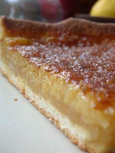 IngrédientsPâte levée (pour 2 tartes)180 gr de farine70 gr d'amandes en poudre2 cs de sucre2 cc de levure125 ml de lait1 oeuf1 cc de...