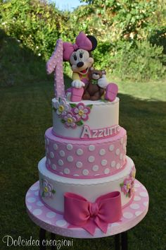 Baby Minnie - cake by Dolcidea creazioni - CakesDecor Bolo Da Minnie Mouse, Mickey Mouse Clubhouse Cake, Minnie Mouse Birthday Cakes, Minnie Cake, Mickey Cakes, Mickey Mouse Cake, Mickey Birthday, Mini Mouse Cake, 1st Birthday Cake For Girls