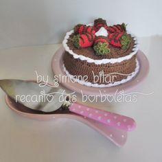 <3 Encomenda da florzinha Madri Freitas   Bolo de Chocolate com Morangos... Hummmmmm Quer saber mais? Vem aqui: http://recantodasborboletas-simoninha.blogspot.com.br/