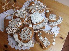 Royal Icing, Gingerbread Cookies, Desserts, Food, Wafer Cookies, Xmas, Ginger Beard, Christmas, Gingerbread Cupcakes