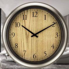 売れ筋人気な壁掛け時計を豊富に取り揃えました。市場最安クラスの低価格を実現!