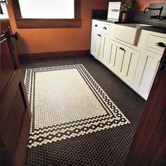 16 trendy kitchen floor tile mosaic black and white Black Kitchens, Cool Kitchens, Kitchen Black, White Mosaic Tiles, Hex Tile, Penny Tile, Black And White Tiles, Bathroom Floor Tiles, Tile Floor