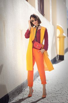 warm-colours-outfits for spring with chloe georgia bag and zara longline orange linen waistcoat Source by yellowgirl_at Colour Combinations Fashion, Fashion Colours, Colorful Fashion, Womens Fashion Casual Summer, Womens Fashion For Work, Look Fashion, Fashion Tips, Zara, Estilo Unisex