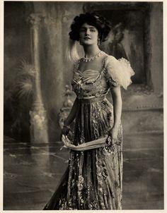 MementoMori-stock.Vintage lady . Обсуждение на LiveInternet - Российский Сервис Онлайн-Дневников