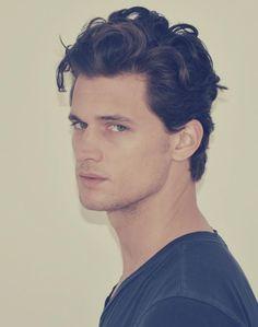 Garrett Neff, Wavy Mens Hair.
