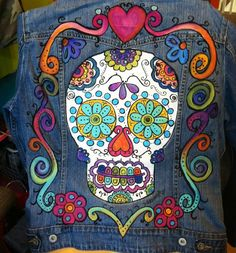 Sugar Skull Jean Jacket, Custom Hand Painted Denim Jean Jacket for Day of the Dead Fiesta, Dia de los Muertos Celebrations, Halloween Party Painted Denim Jacket, Painted Jeans, Painted Clothes, Hand Painted, Denim Paint, Tilda Toy, Denim Crafts, Ideias Diy, Batik