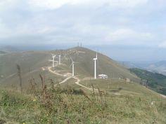 En declaraciones a periodistas, Hayk Khachatryan, director adjunto de la entidad pública de Energía Limpia reveló que el potencial de la energía eólica en el país es de 10.000 MW, que es diez veces la capacidad de la planta nuclear.