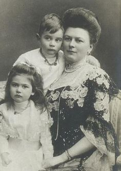 "HH Duchess Sophie of Hohenberg, the wife of Franz Ferdinand, with her two eldest children Sophie and Maximilian ""Max"""