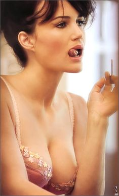 Carla Gugino...there's just something about Amanda Daniels from Entourage