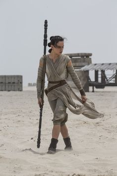 Star Wars: Rey || Figurino: Michael Kaplan