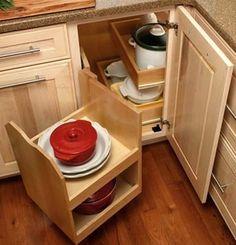New Kitchen Corner Furniture Storage 36 Ideas Corner Pantry Cabinet, Corner Cabinet Solutions, Blind Corner Cabinet, Corner Storage, Kitchen Cabinet Storage, New Kitchen Cabinets, Kitchen Cabinet Design, Kitchen Pantry, Corner Cabinets