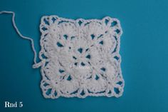 Crochet this Beautiful Unique baby blanket, and delicate crochet border with this easy free crochet pattern. Site has 100s of free crochet patterns on it