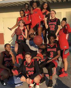 Basketball Is Life, High School Basketball, Basketball Drills, Basketball Pictures, Sports Pictures, Basketball Players, Girls Basketball, Sport Outfits, Girl Outfits
