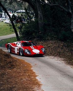 Ford Gt40, Amazing Cars, Old And New, Cool Cars, Race Cars, Super Cars, Vehicles, Goals, Vintage