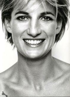 Diana, Princess of Wales - 1997 - Kensington Palace - Vanity Fair - Queen of Hearts - Photo by Mario Testino
