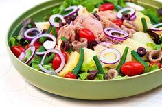 Salad of Nizza. In Finnish Food Goals, Couscous, Cobb Salad, Potato Salad, Fresh, Dinner, Koti, Healthy, Ethnic Recipes